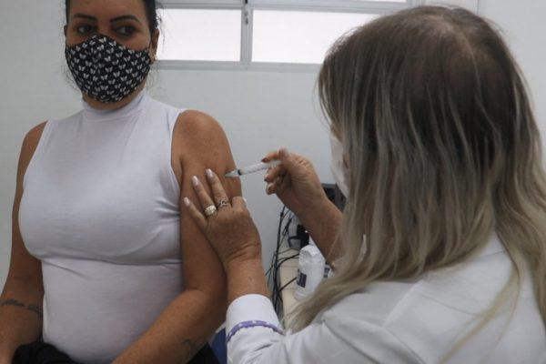 vacinação covid navegantes 56