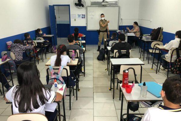 proerd em Navegantes escola Badia