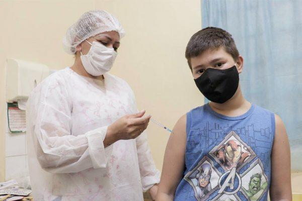 vacinação 12 anos COVID
